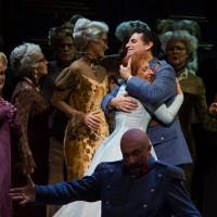 Natalie Dessay, Juan Diego Florez and and Wedding guests from the Opera de Paris Choire, Photo; Agathe Poupeney.