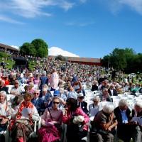 """""""Fuglefjellet"""" var stappfullt med publikum til Kirsten Flagstads Galle konsert. Foto: Henning Høholt (copyright."""