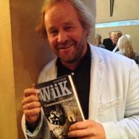 Øystein Wiik med Casanovasyndromet i nevene. Aschehog forlag. Foto: Henning Høholt