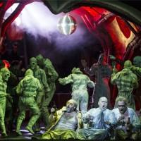 "Fra Grand Macabre på Operaen, (Discoparty) i forkanten Thor Inge Falsh, Ketil Hugaas og frode Olsen, bak disco ""balletten"" . Foto: Erik Berg"