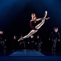 Yolanda Correa og Kingwings Crew i forestillingen Kingwings VS Nasjonalballetten. Foto: Erik Berg, Den Norske Opera & Ballett.