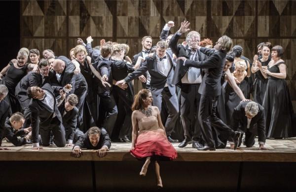 Aurelia Florian som Violetta Valéry. La Traviata, 2015  . Foto Erik Berg,
