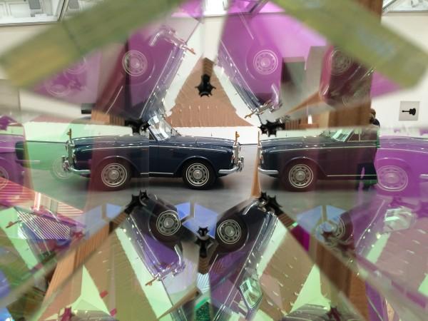 Olafur Eliasson, et Kaleidoskop fra The Kaleidoscope City, m Rolls Royce    <div title=