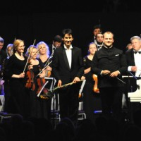 Applaus after Rachmaninov build over a theme by Paganini, with Kasparas Uinskas and conductor, foto Emilija Temirkulovaite