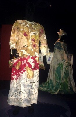 Costume from The Magic Flute by Marc Chagall 1967, Fotos Henning Høholt, Kulturkompasset