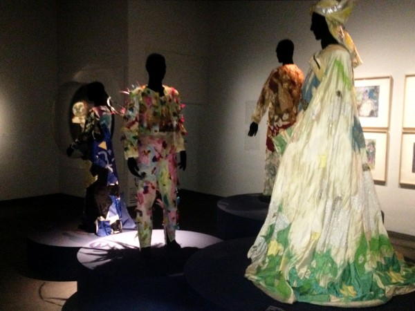 Marc Chagall Costumes - right Zarastro, in front Papageno, foto Henning Høholt