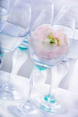 Finn Schjølls nye vakre glass, fra collecsjonen Finns Hage.