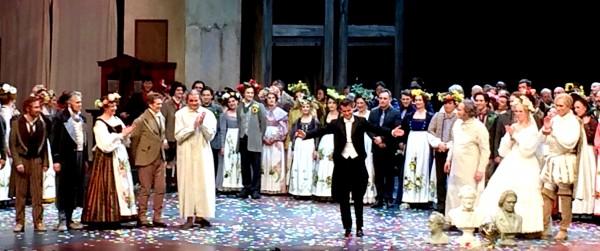 Applaus for Die Meistersinger in Nürnberg, in center the conductor Philippe Jordan. Foto Henning Høholt, 13. March 2016.