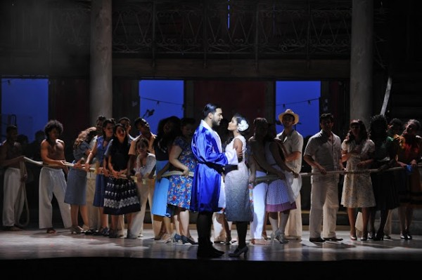 Joaquin Garcia Majias (El Niño) et Luna Manzanares (Carmen) @ Théâtre du Châtelet - Marie-Noëlle Robert