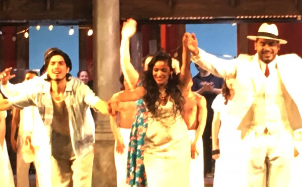 Applause, from left Joel Proieto, Luna Manzanares and Joaquin Garcia Medias, foto Romuald Sip, Kulturkompasset
