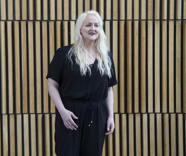 Elisabeth Teige synger Dich, teure Halle fra WagnersTannhäuser. Våren 2017 synger hun rollen som Leonore i Beethovens operaFidelio.