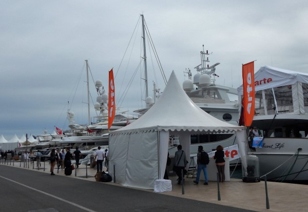 TV-channel Arte and other companies invite VIP-guests on board.