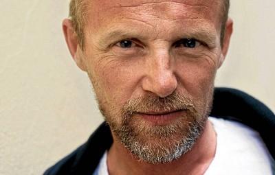 Jo Nesbø skrev den best solgte boken i 2015. Blod på snø ble utgitt på Aschehougs forlag, som han har skrevet mange bøker for. Foto Paul Augestad.
