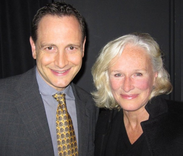 Playwright Andre Goffman has had great succes with his self biographical story, here with celebrity actor Glenn Close. Photo: www.theaccidentalpervert.com