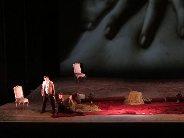 Manon Lescaut:  Zampieri and Stanisci, photo: Federico Jonathan Cusin