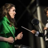 En av de helt store opplevelser på CPH Opera Festival 2017. Paradekoncerten påŒ Ofelia Scenen. var Sopran Yana Kleyn, som forrygende sang en arie fra Trubaduren av Giuseppe Verdi. den russisk fødte sopranen Yana Kleyn er uddannet fra The Russian Academy of Music Gnesins i Moskva og dernæst også Syddansk Musikkonservatorium. Hun fik sin internationale debut i rollen som Mimi i La Bohème på Skånska Operaen, og hendes repertoire spænder over klassiske sopranpartier som Leonora i Il Trovatore og Donna Anna i Don Giovanni. På årets festival   er igang med en stor internasjonal kariiere, hun har i flere år vært publikumsyndling ved Stockholmsoperaen, hvor hun har briljert i en rekke roller. 29. September 2017, debuterer hun i Frankrike, hvor hun skal synge Mimi i La Boheme av Puccini på operaen i Metz.